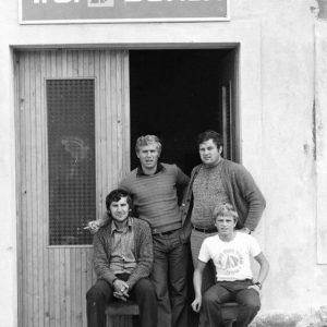 Prvi klub je bil še na obali mandrača